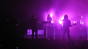 Phoenix-the-band_orlando_live_kisses-and-noise