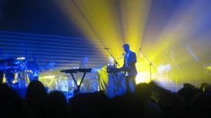 Massive lights up Hard Rock