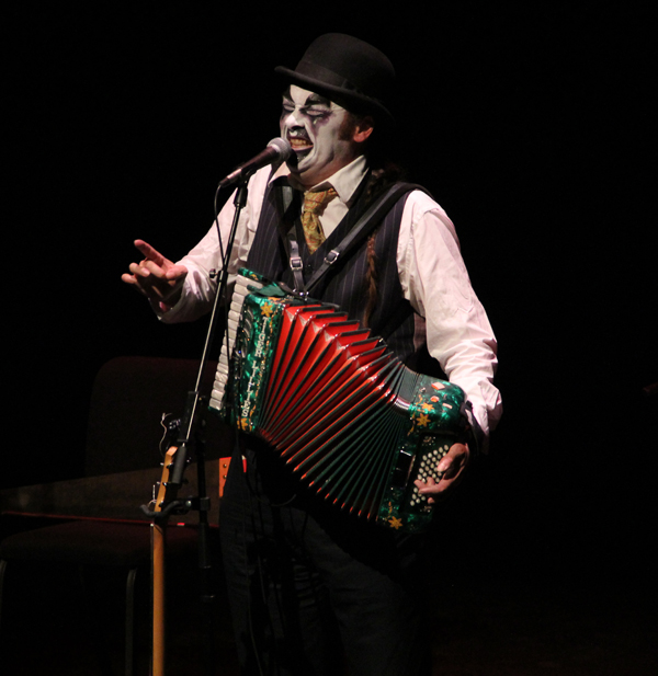 tiger-lillies_live_tampa_kisses-and-noise_1