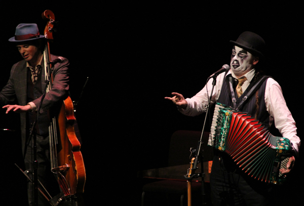 tiger-lillies_live_tampa_kisses-and-noise_4