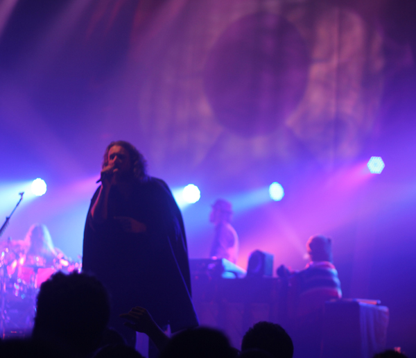 my-morning-jacket_orlando-2011_kisses-and-noise_jim-james_resize